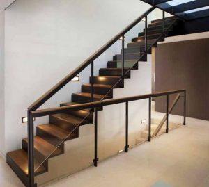 alamat penjual railing tangga kayu di Medan